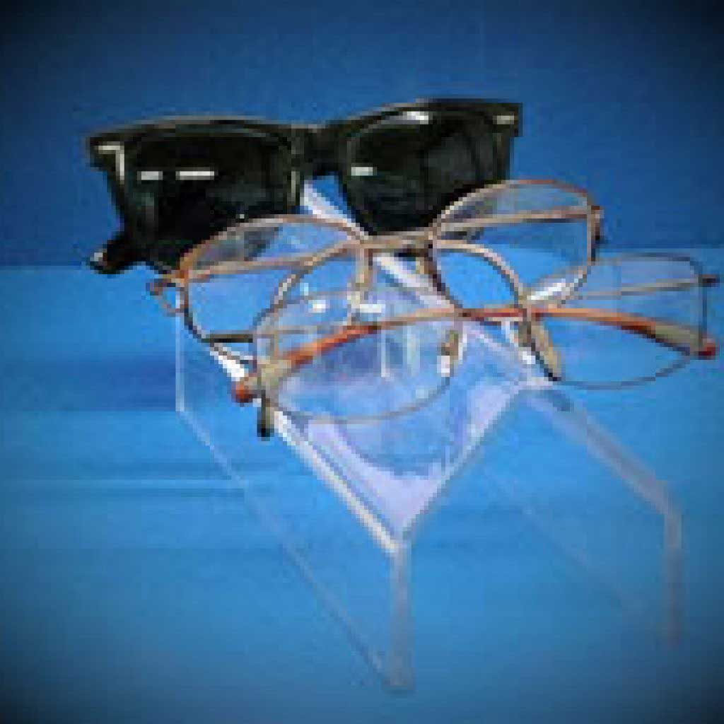 Horizontal Glasses Display