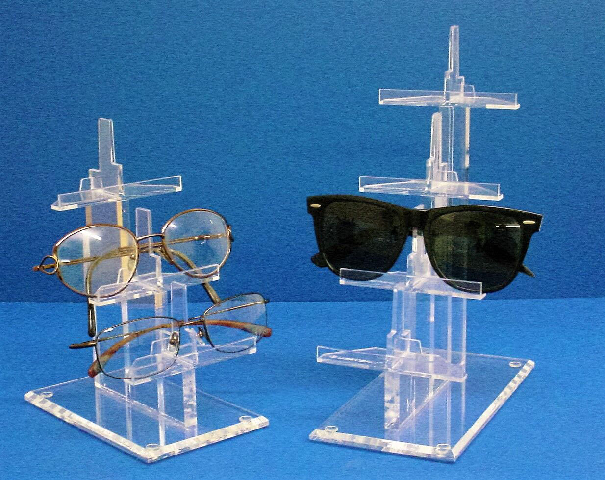 Sunglasses and glasses display